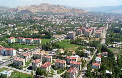 Van depreminde yıkılan Bayram Oteli'nin yerine iş merkezi yapılıyor!