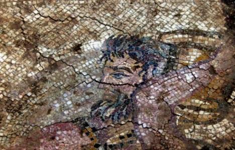 Milas'taki altyapı çalışmaları sırasında Roma Dönemi'ne ait mozaik bulundu!