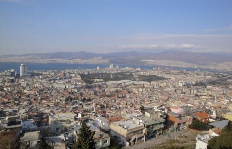 İzmir Kadifekale'ye zemin
