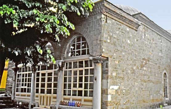 Bursa'da 700 yıllık Alaeddin Bey Cami'nin restorasyonu tartışma yarattı!