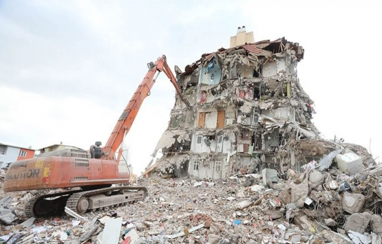 İzmirli depremzedeler kentsel dönüşüm için destek bekliyor!