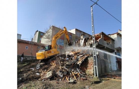 Başakşehir Kayabaşı'nda kentsel dönüşüm kapsamında 10 bina yıkıldı!