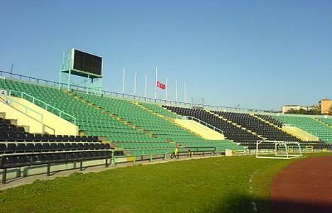 İsmetpaşa Stadı'nın yerine yapılması planlanan AVM protesto edildi!