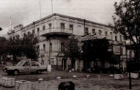 Kars'taki tarihi binalar restore edilecek!
