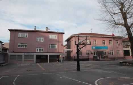Sakarya Atatürk Okulu'nun yerine otopark mı yapılacak?