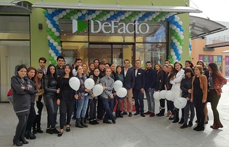 DeFacto yurt dışındaki mağaza sayısını 74'e çıkaracak!