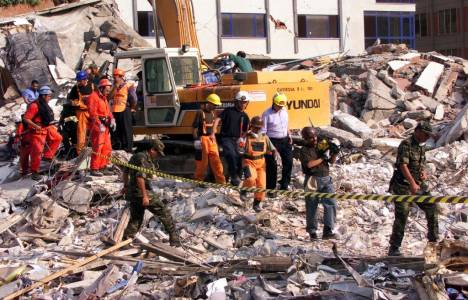 Marmara Depremi'nin 15.