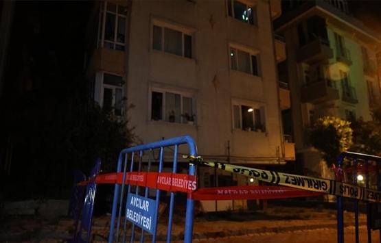Avcılar Ambarlı'da kolonu çatlayan 5 katlı bina boşatıldı!
