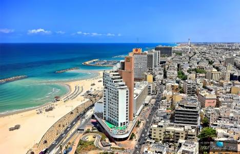 Tel Aviv'in 55 milyon dolarlık çatı katı için iki yıldız yarışıyor!