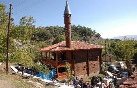 Kastamonu'daki 730 yıllık tarihi ahşap cami restore edildi!