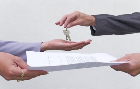 Kiracı konutu sözleşme bitmeden boşaltabiliyor mu?