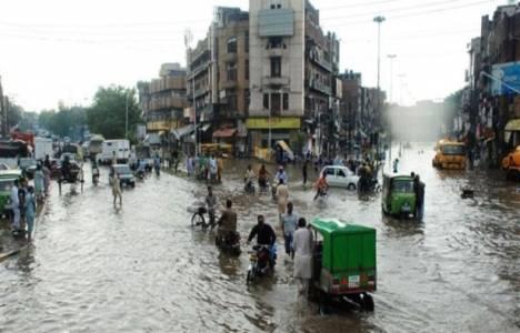 Pakistan'da aşırı yağışlar