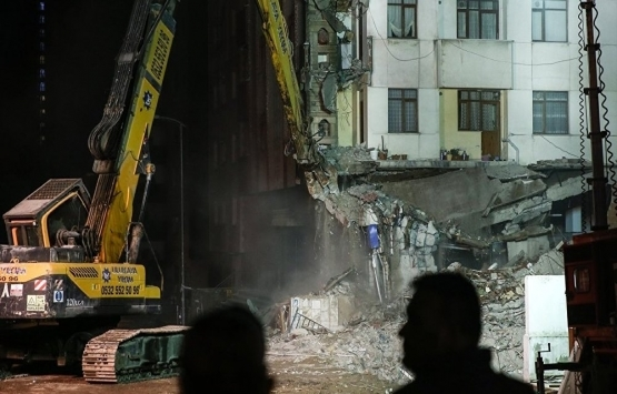 Evleri yıkılan ailelere 30 bin TL yardım!