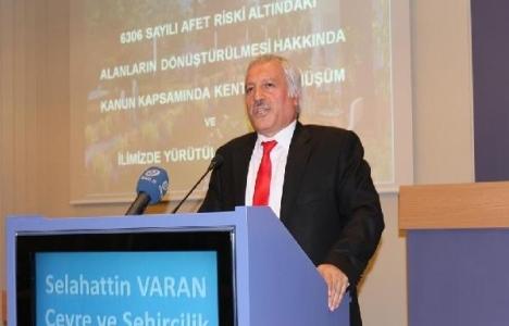 Selahattin Baran: İzmir'in yüzde 65'i kaçak!