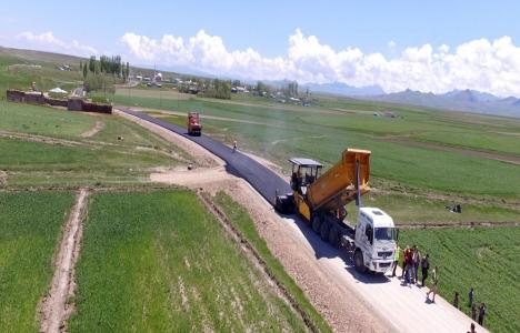 Erzurum Büyükşehir'den 332 bin 400 ton asfalt!