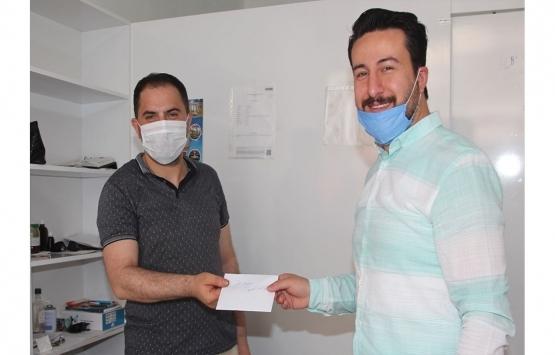 Amasya'da İyilik Hareketi üyeleri 4 esnafın kirasını ödedi!