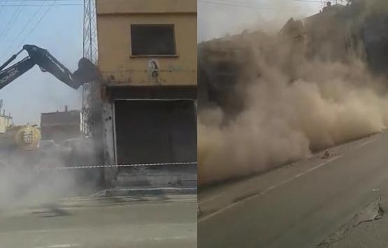 Bursa'da kontrolsüz yıkılan bina çöktü!
