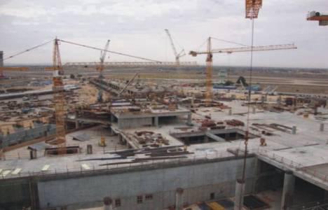 Libya'da yüzlerce projeyi