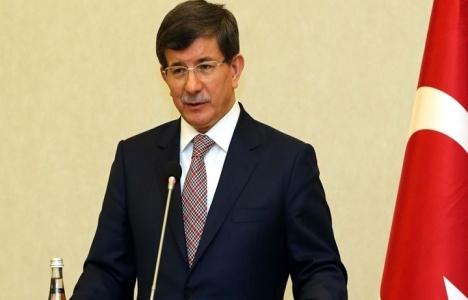 Başbakan Davutoğlu'ndan AKM