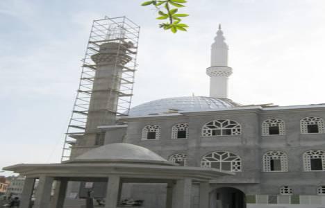 Karacabey'de yeniden inşa edilen cami törenle açıldı!