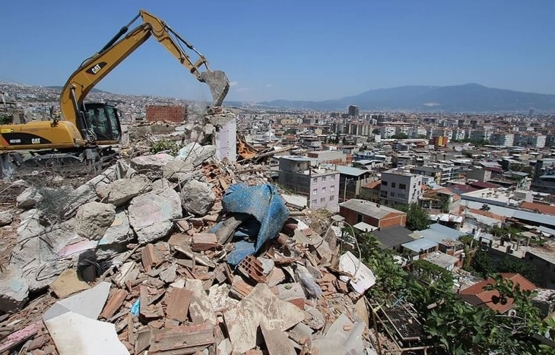 TMMOB'dan Bayraklı deprem konutlarına dava!