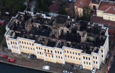 Galatasaray Üniversitesi 3 yıldır restorasyon bekliyor!
