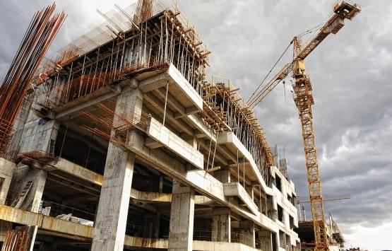 Elazığ'da inşaatın 4'üncü katından düşen işçi hayatını kaybetti!