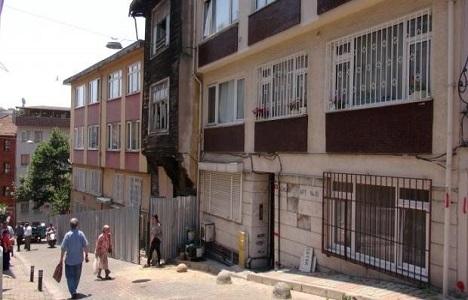 Üsküdar'da metro nedeniyle hasar gören binalar boşaltıldı!