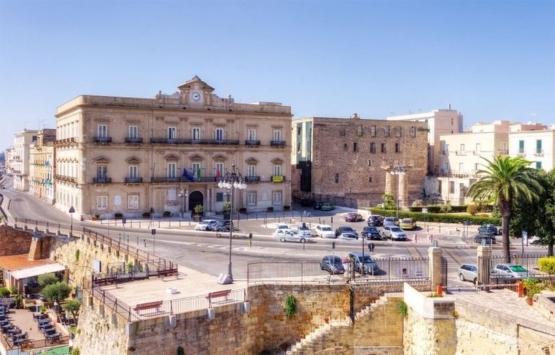 İtalya Taranto'da 1 Avro'ya ev satılacak!