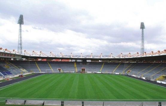 19 Mayıs Stadyumu'nun demir blokları yıkıldı!