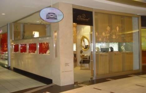 Diamond By Naci Şenocaklı Akasya Acıbadem AVM'de mağaza açtı!