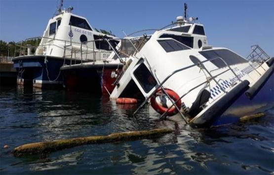 Fadıl Akgündüz yönetimindeki deniz taksiler çürüyor!