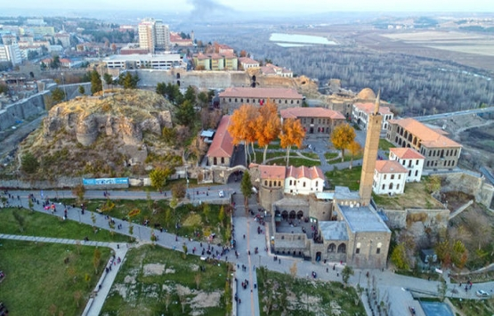 Diyarbakır'da 8 milyon TL'ye icradan satılık akaryakıt istasyonu!
