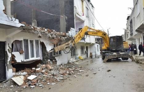 Yıldırım'da metruk binaların yıkımına öncelik verildi!