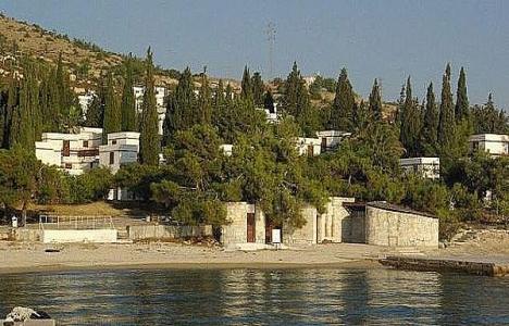 Foça Tatil Köyü neden kapandı?
