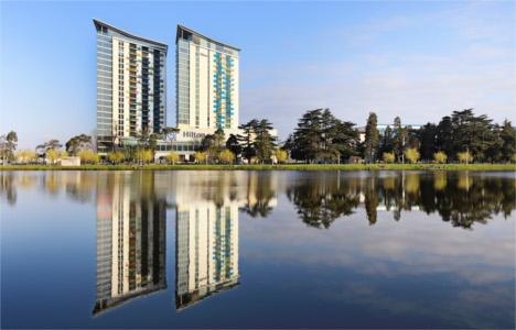 Hilton, Batum'da ilk