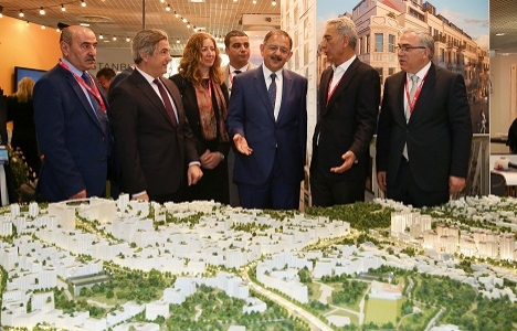 Mehmet Özhaseki: Beyoğlu'ndaki her proje birbirinden değerli!