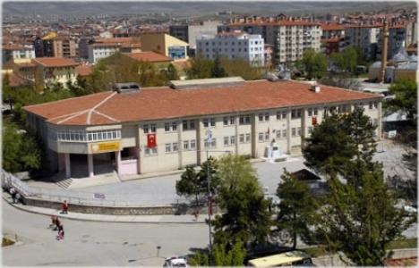 Kırşehir Fatma Muzaffer Mermer Kız Lisesi yıkılacak mı?