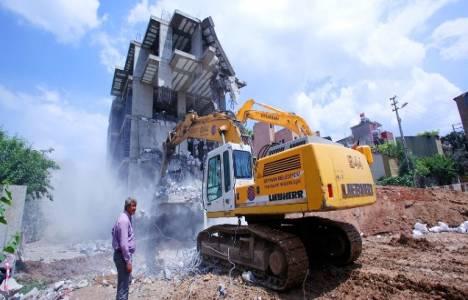 Seyhan'daki 49 kaçak inşaatın yıkım ihalesi 3 Eylül'de!