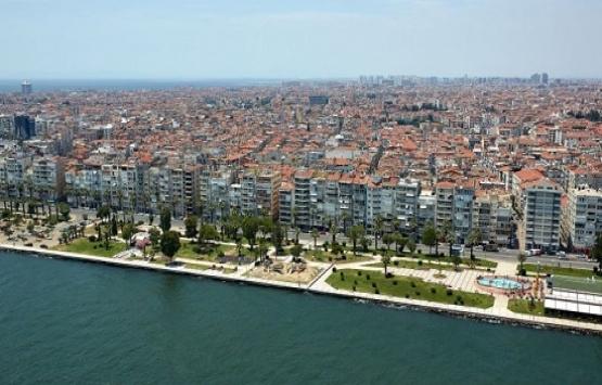 İzmir Karşıyaka'da 4.2