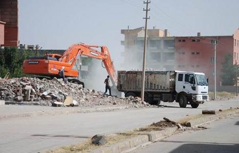Şırnak İdil'de hasar gören 400 bina yıkılacak!