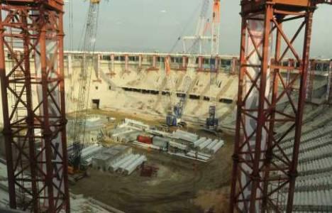 Büyükşehir Belediyesi Stadyumu'nda hummalı çalışmalar devam ediyor!