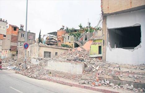 Adana'da kamulaştırılıp yıkılan