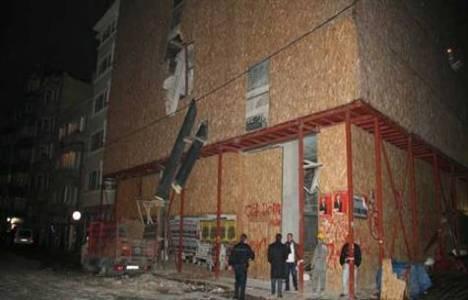 Şişli'de 6 katlı bina çöktü!