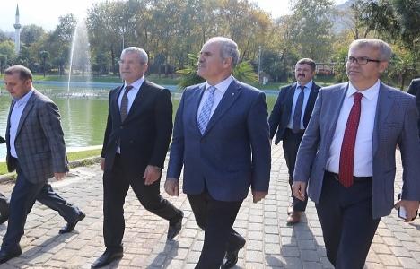 Bursa Reşat Oyal Kültürparkı'na buz pateni pisti!