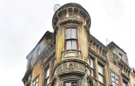 Eminönü'ndeki eski evler