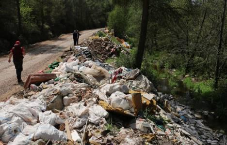 Marmaris'te inşaat atıklarının ormanlık alanlara dökülmesine çevrecilerden tepki!