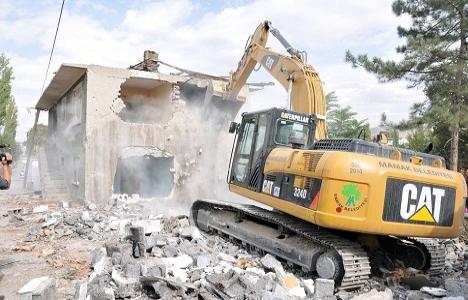Mamak'taki kentsel dönüşümde yıkım süreci zorlu geçiyor!