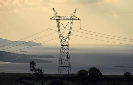 İzmir Aliağa'da elektrik