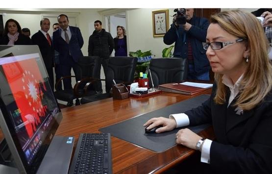 Öznur Çalık: Malatya'daki deprem konutlarının ihale bedeli 2 milyar TL!